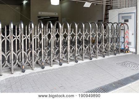 Scissor Expanding Barrier For Car Park Entrance