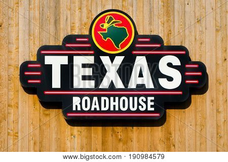 Texas Roadhouse Exterior Sign And Logo.