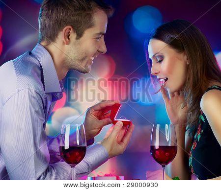 Día de los enamorados. Propuesta de matrimonio