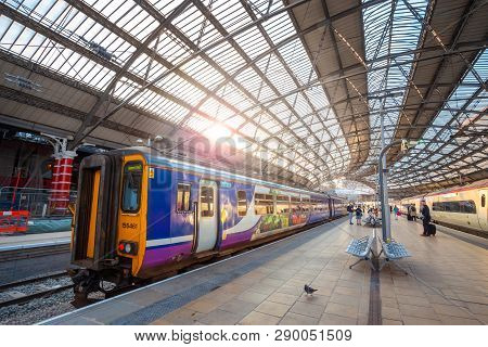Liverpool, Uk - May 18 2018:liverpool Lime Street Is A Terminus Railway Station Serves The City Cent