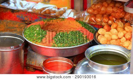 Popular Indian street food Panni puri