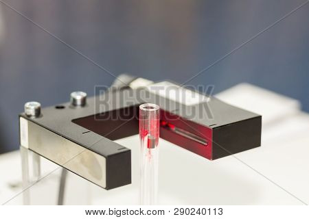 High Performance And Technology Accuracy And Fast Detected Of Moving Pieces Or Dusts In Tube (capaci