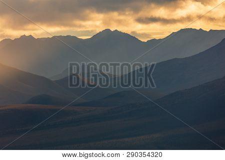 The Scenic Landscape Of Denali National Park Alaska In Autumn