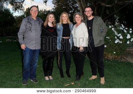 LOS ANGELES - NOV 5: Steve Hester, Kelly Hester, LeAnn Rimes, Marcia Hester, Jordan Hester, Meet and Greet before the LeAnn Rimes concert at Galway Downs on November 5, 2017 in Temecula, California