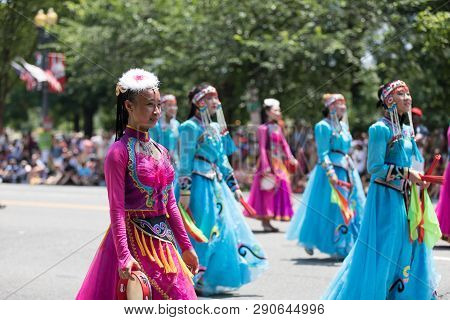 Washington, D.c., Usa - July 4, 2018, The National Independence Day Parade, Chinese Women Wearing Tr