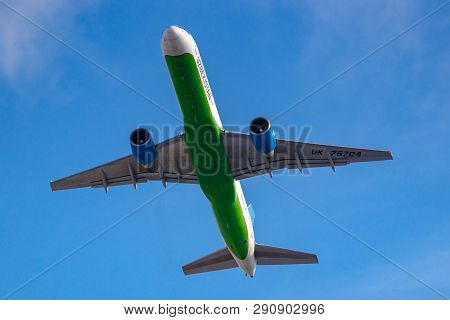 Moscow, Russia - March 20, 2019: Aircraft Boeing 757-231 Uk75704 Of Uzbekistan Airways Takes Off At