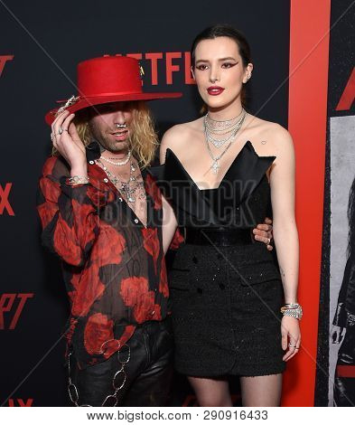 LOS ANGELES - MAR 18:  Mod Sun and Bella Thorne arrives for the Netflix 'The Dirt' Premiere on March 18, 2019 in Hollywood, CA