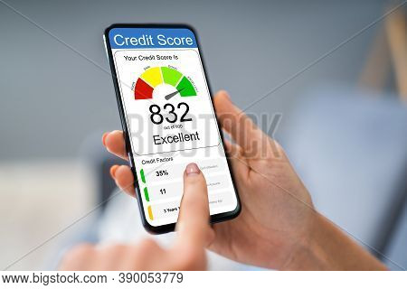 Online Credit Score Ranking On Mobile Phone