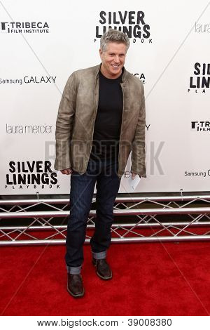 NEW YORK-NOV 12: Donny Deutsch attends the premiere of