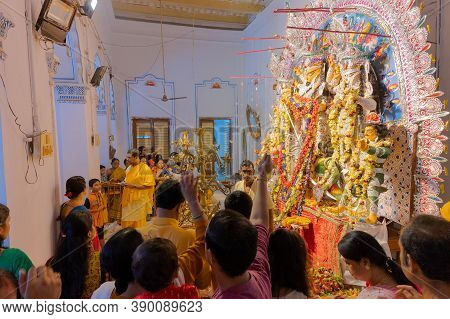 Kolkata, West Bengal, India - 6th October 2019 : Flowers Are Thrown, Prayers Made And Pushpanjali Be