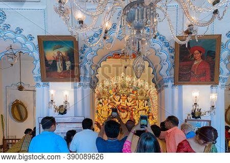 Kolkata, West Bengal, India - 6th October 2019 : Devotees Taking Pictures Of Goddess Durga At Shobha