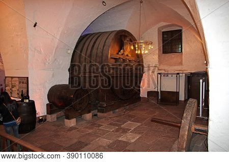 Heidelberg, Germany - 11 Sep 2015: The Wine Cask In The Castle In Heidelberg, Germany