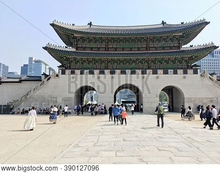 Seoul, South Korea - April 30, 2017: Gyeongbokgung Palace Main Royal Palace Of The Joseon Dynasty. T
