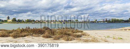 Tiel, Netherlands - October 4, 2020: Skyline Of City Tiel With Waal In Betuwe, Gelderland, Netherlan