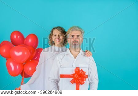 Valentines Day. Lovely Valentines Day Couple. Cupid Angel With Paper Heart And Balloons. Cupid In Va
