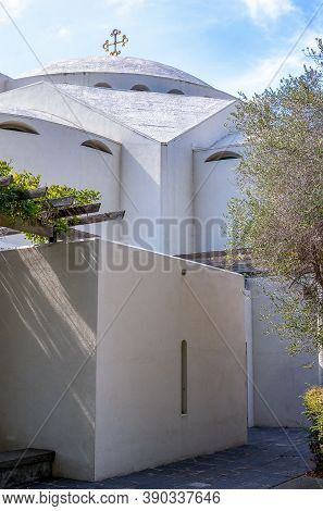 Greek Orthodox Church Of The Holy Cross In Belmont, California
