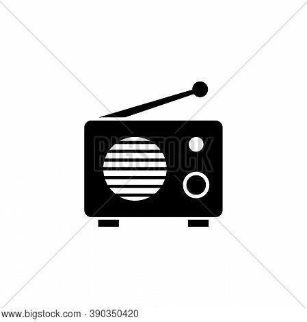 Fm Am Retro Radio, Audio Tuner Silhouette. Flat Vector Icon Illustration. Simple Black Symbol On Whi