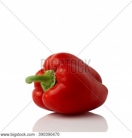 Red Bell Pepper (sweet, Capsicum, Paprika) Isolated On White Background. One Whole Fresh Vegetable.