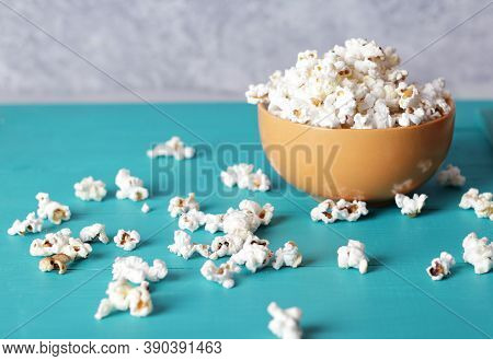Full Plate Of Popcorn, Movie Concept, Close Up Of Popcorn In Bowl Of Salted Popcorn At The Old Woode