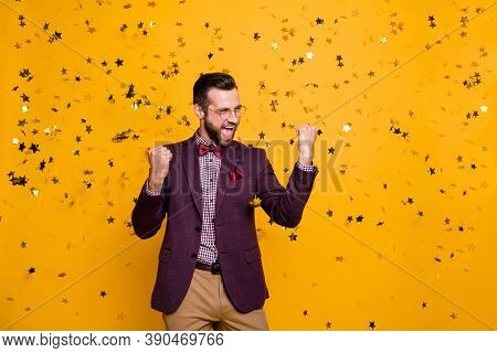 Photo Of Handsome Wealthy Clothes Stylish Guy Business Man Well-dressed Confetti Falling Successful