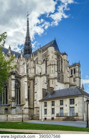 Amiens Cathedral Is A Roman Catholic Cathedral, France  The Cathedral Was Built Between 1220 And C.1