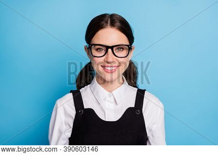 Close-up Portrait Of Her She Nice Attractive Pretty Charming Brainy Genius Knowledgeable Cheerful Ch