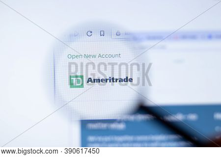 New York, Usa - 29 September 2020: Td Ameritrade Ameritrade.com Company Website With Logo Close Up,