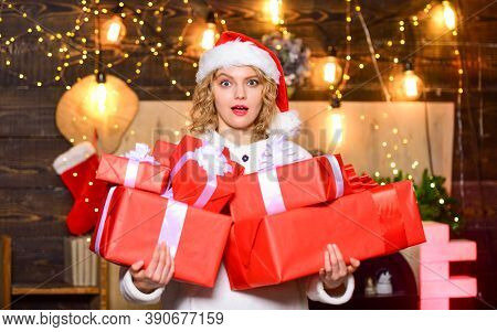 If You Have Lot Of Gifts To Wrap Then Turn It Into Gift Wrapping Party. She Deserves All Best. Ribbo