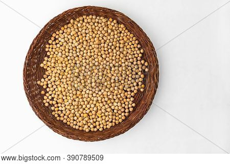 Chickpeas On A Wicker Plate. Raw Chickpea.