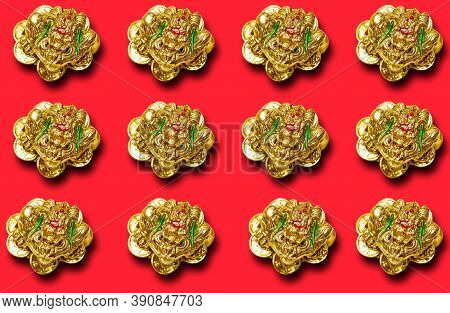 Pattern With A Figure Of A Money Toad Or Money Frog On A Red Background. Symbol Of Wealth, Feng Shui