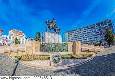 Cluj-napoca, Romania - September 20, 2020: Bronze Statue Depicting The King Mihai Viteazul (michael