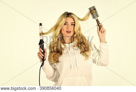 Using Different Wrapping Techniques. Choose Right Type Curling Iron For Your Needs. Girl Adorable Bl