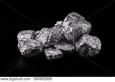 Tantalum Or Tantalum Is A Chemical Element, Ore For Industrial Use, Resistant To Corrosion, Ore For