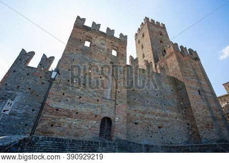 Castell' Arquato (piacenza), Italy, August, 25, 2020 - The Castle Of The Medieval Town Of Castell'ar