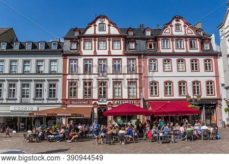 Koblenz, Germany - August 03, 2019: People Enjoying Te Sun At The Market Square In Koblenz, Germany