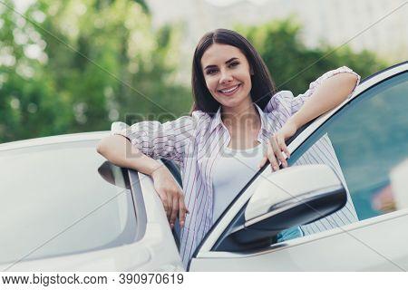 Photo Of Positive Cheerful Girl Tourist Arrive Car Destination Open Door Look Good Mood Enjoy Summer