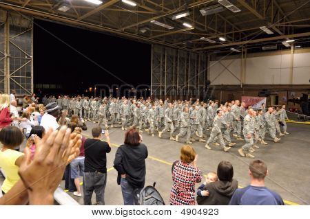 Army Homecoming From Deployment