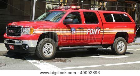 FDNY Battalion 1 chief SUV in Lower Manhattan