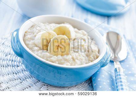 Oatmeal with banana