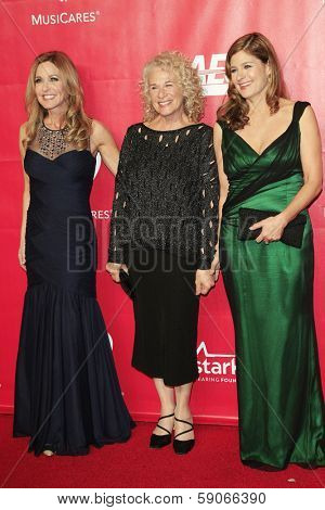 LOS ANGELES - JAN 24: Sherry Goffin Kondor, Carole King, Louise Goffin at the 2014 MusiCares Person Of The Year event at the Convention Center on January 24, 2014 in Los Angeles, CA
