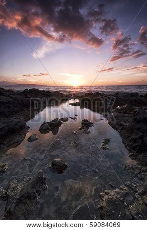 Sunset from the island of Maui, Hawaii