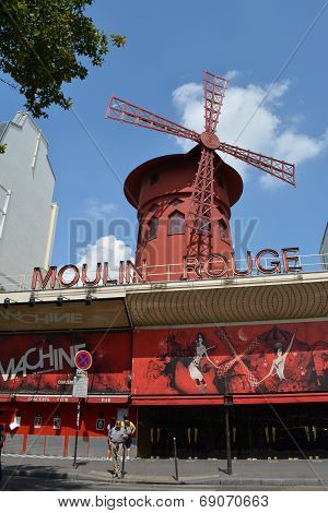 The Moulin Rouge - Famous Cabaret
