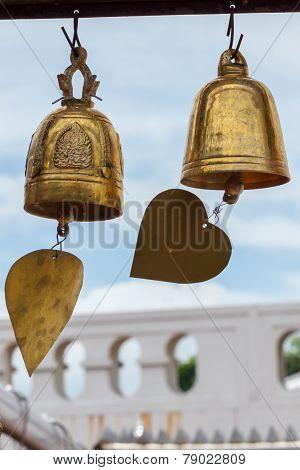 Gloden Bell