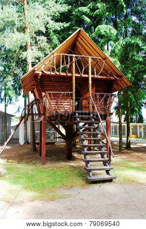Summerhouse In The Grutas Park Near Druskininkai Town