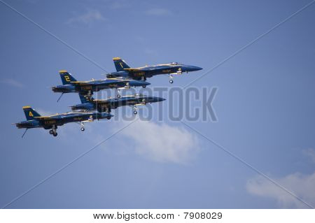 Blue Angels fly in Formation
