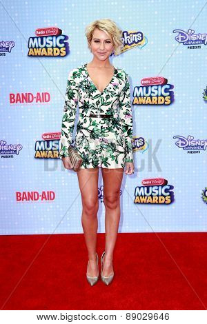 LOS ANGELES - APR 25:  Chelsea Kane at the Radio DIsney Music Awards 2015 at the Nokia Theater on April 25, 2015 in Los Angeles, CA