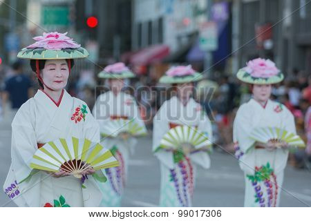 Geisha Dancers
