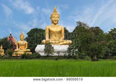 Golden Budha Statue