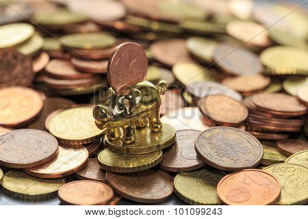 Piggy bank euro cent