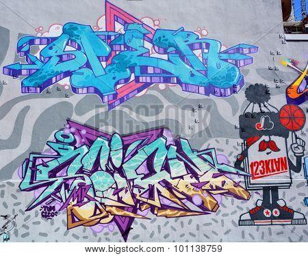 Street art Montreal Expo by 123Klan
